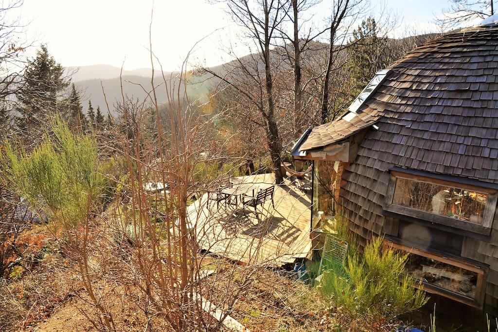 la terrasse depuis le potager