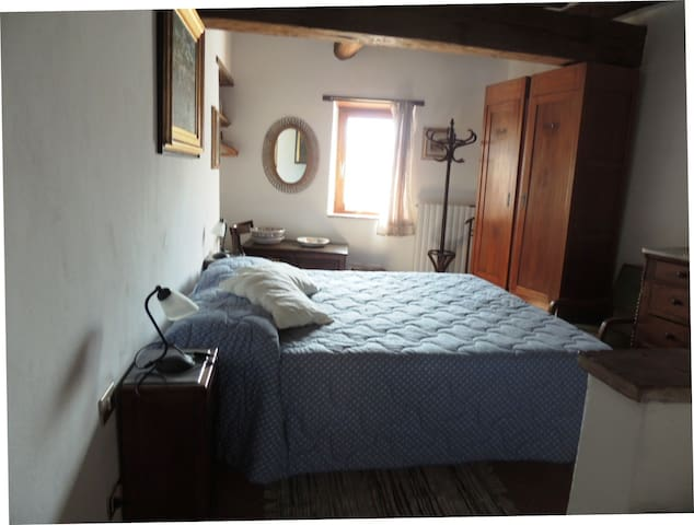 Romantica camera nel borgo medieval - Castelnuovo di Val di Cecina - Casa