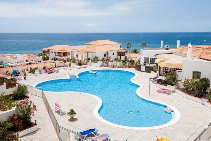 1 Bedroom Apartment for 4 people in Tenerife