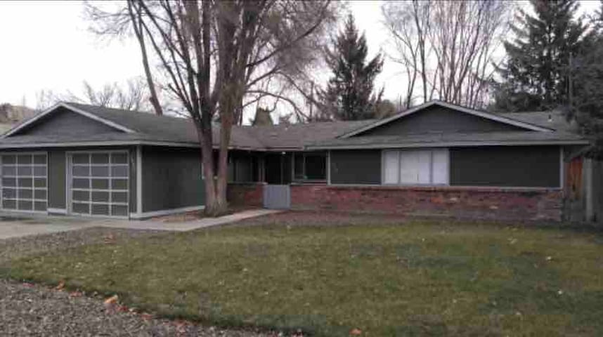 NW Boise, best value! 3bed 1 bath