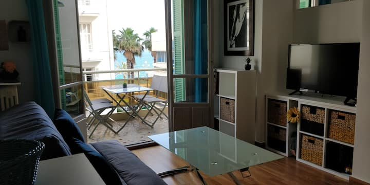 SeaView-90m from beach-Free Parking-Balcony-4pers.