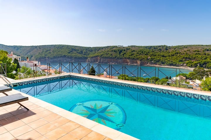 Isabelle: Villa with private pool and sea view in Cala Montgó
