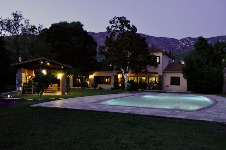 Anna's Mansion, a hidden paradise (Volos-Pelion)