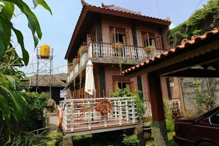 Meruya Villa