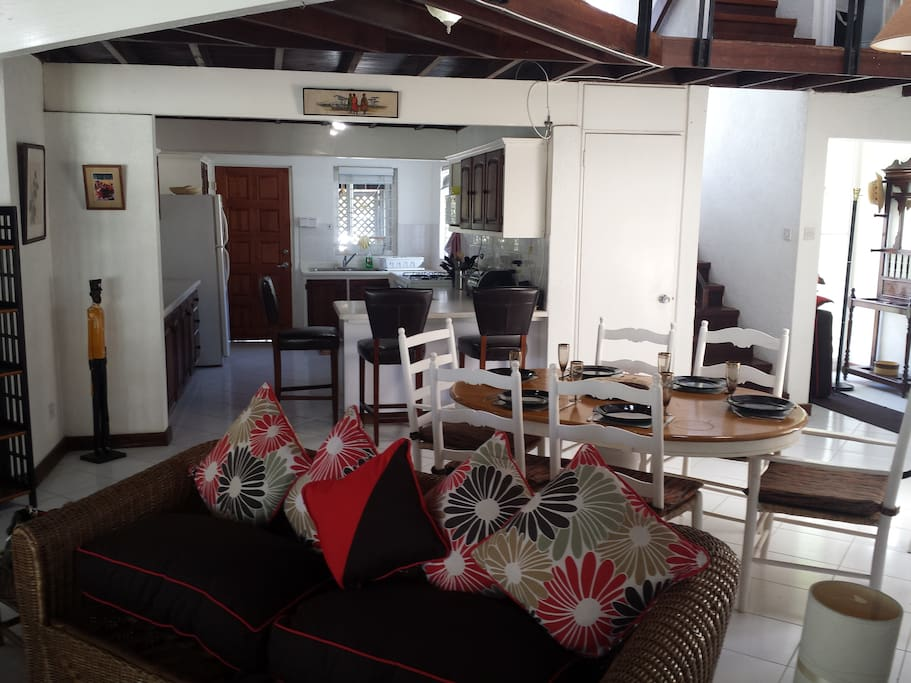 spacious, breezy living and dining room and kitchen