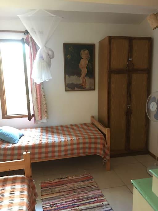 Habitacion Mylene con dos camas individuales