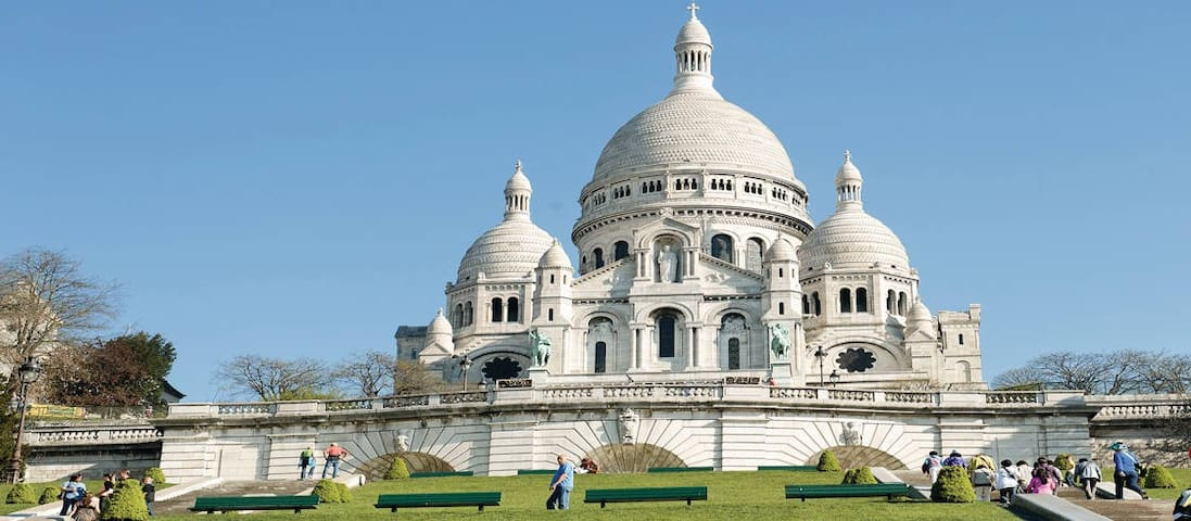 Charming place between Montmartre & Batignolles