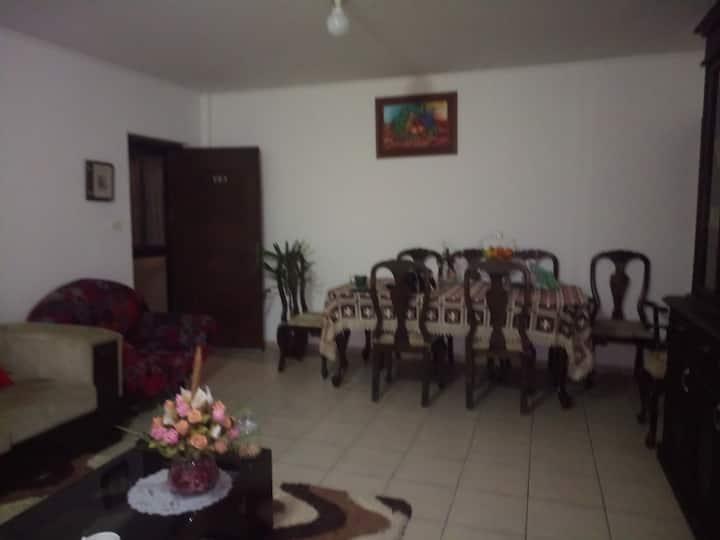Apartamento a compartir hermoso y acogedor