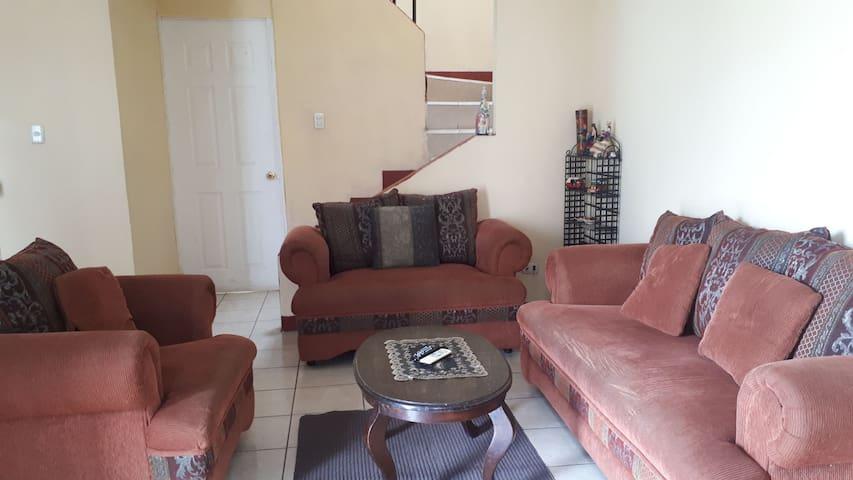 Casa completa para un descanso cómodo y seguro