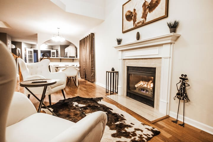 Luxurious Experience For Short Rental in Franklin