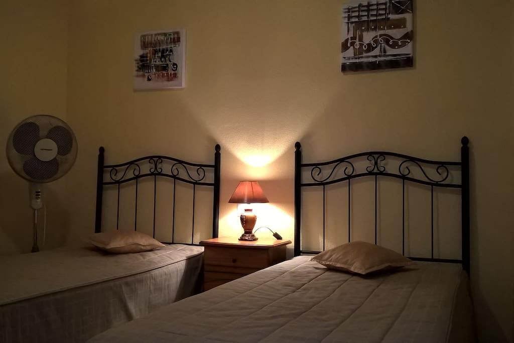 Alquilar una habitaci n preciosa y asequible for Alquilar habitacion en murcia