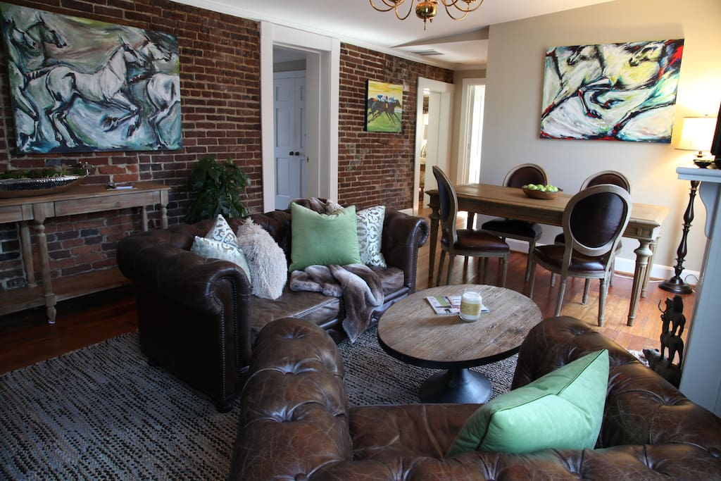 Escape To Historic 3 Bedroom In DT Lexington