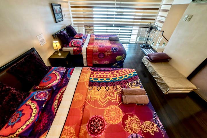 Queen and semi Double Bed with extra floor mattresses