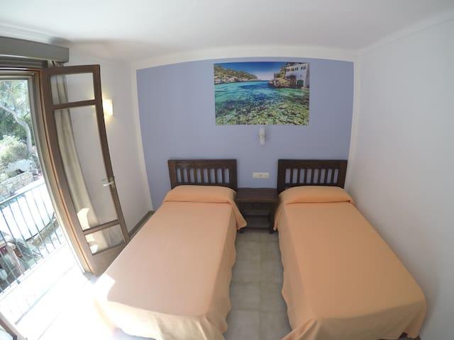 Hab 2 - Double bedroom