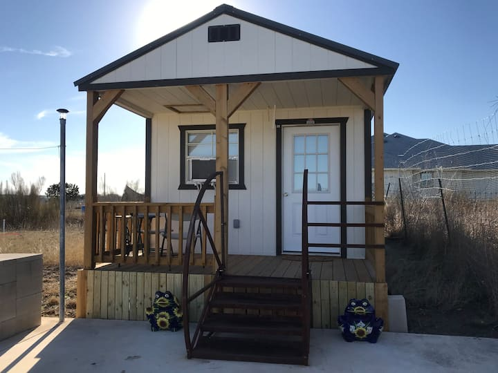 LA PEQUEÑA CASITA (NEW BEAUTIFUL TINY HOME)