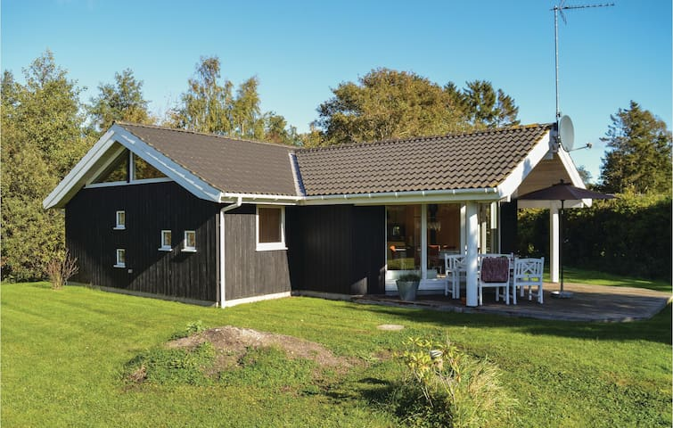 Holiday cottage with 3 bedrooms on 83m² in Vejby