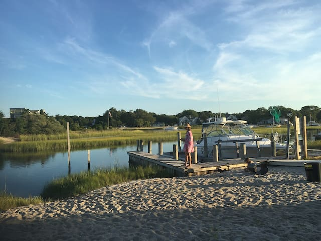 Waterfront Dream in the Hamptons - US Open