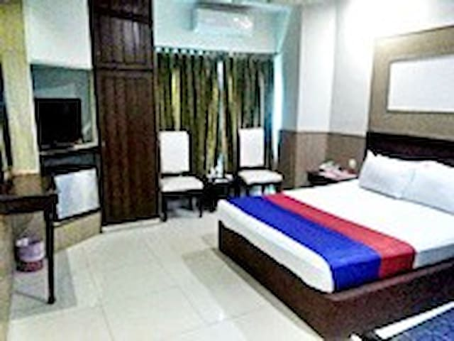 Quick Continental Hotel - Stay with comfort