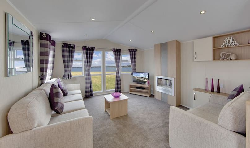 Luxury 8-Berth Caravan for rental in West Wales