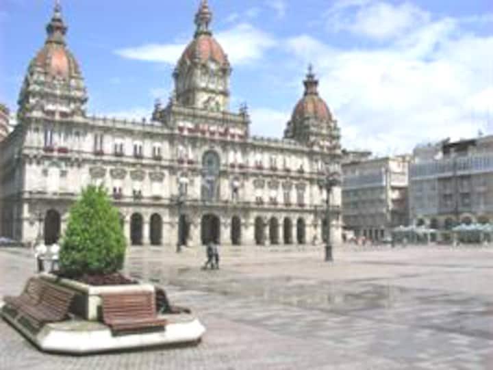 Centro plaza  Maria Pita    Con garaje y wifi