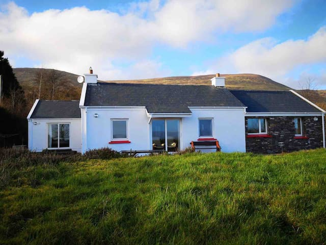 Kerry Way Retreat V93 TK75