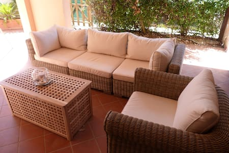 Mediterranean Holiday Apartment with Garden and Beautiful Terrace