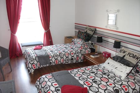 Vals home a sunny bright twin room - Ramsgate - Pis