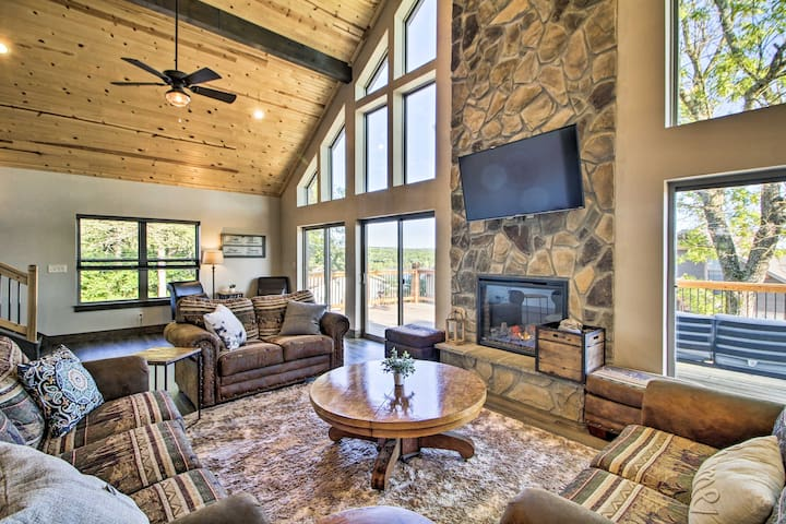 NEW! Table Rock Lake Home w/ Bluff Views of Water!