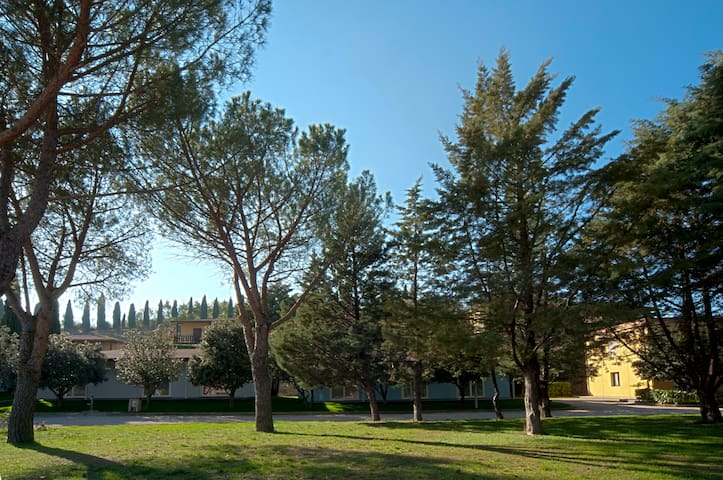 #1 Bedsit in Colleverde Village 10 km from Perugia - Corciano