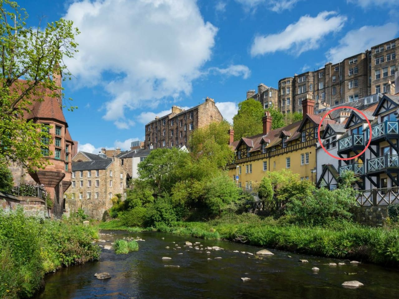 Balcony apartment circled. Tranquil Dean Village. Princes Street just a 6 min walk away!