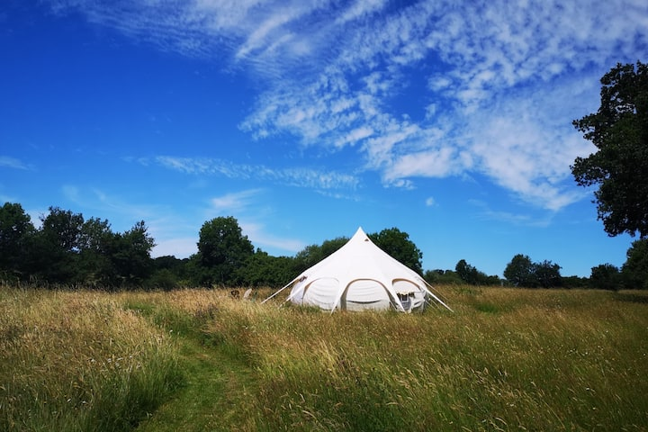 Room with a moon - glamping en suisse normande
