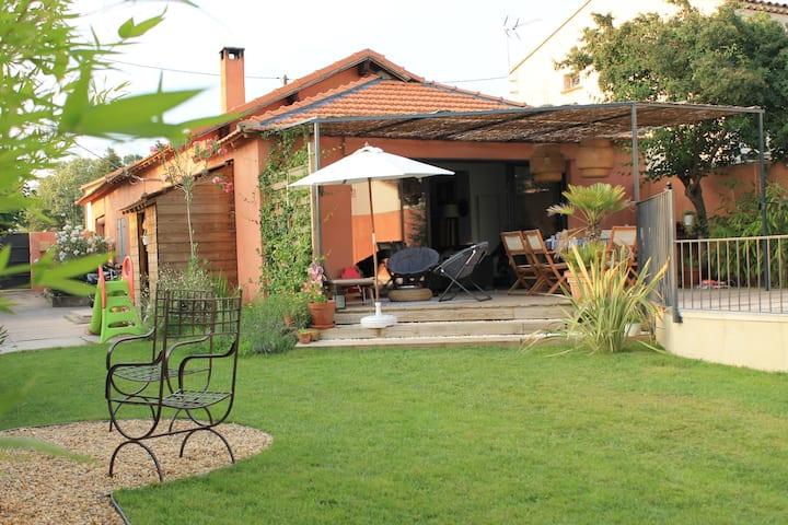 Jolie maison proche d'Aix en Provence et Luberon