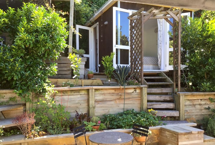 Butterfly Studio – surrounded by gardens