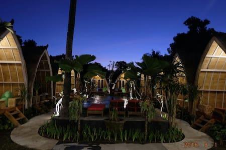 Paradesa Villa Double Bed 1 - Pemenang