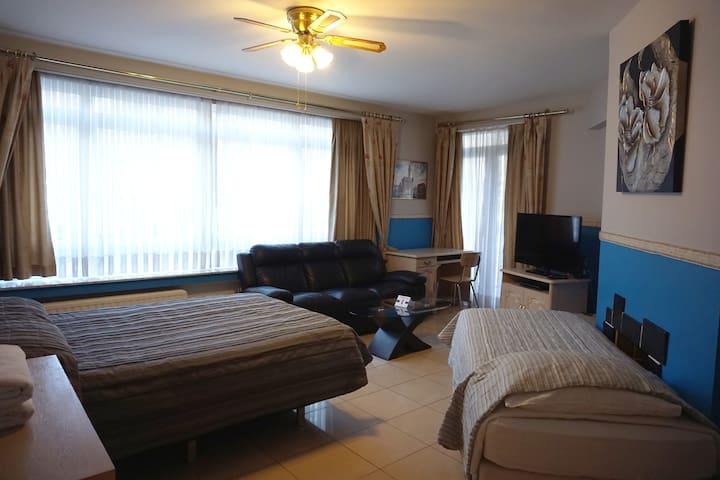 Chambre ouverte - Open bedroom