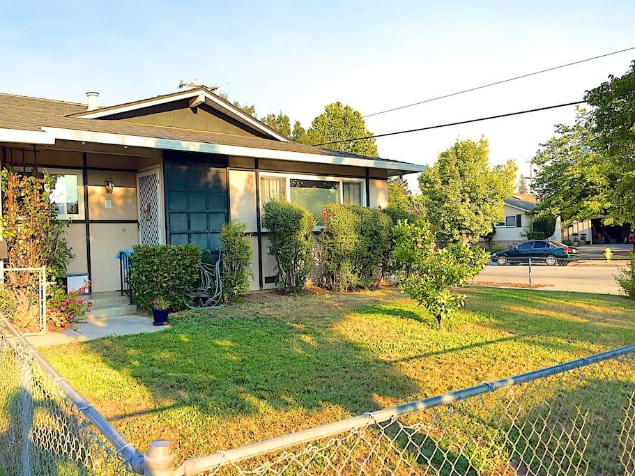 Great Los Gatos/ San Jose neighborhood, very quiet and peaceful