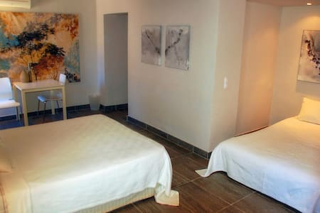 Familiekamer Canela - B&B Casa Pura Vida - Villanueva de Algaidas - Bed & Breakfast
