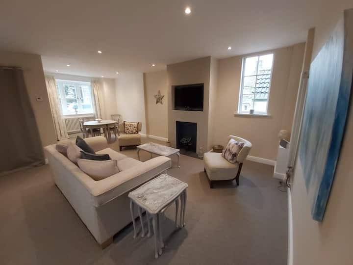 Premium Ground Floor Apartment in the Cotswolds