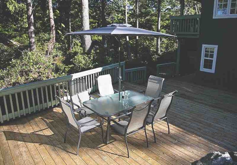 Upper Deck with Patio furniture and Hot tub out of frame to right