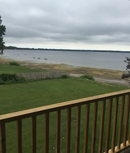 Share space with lake view. - Plattsburgh - 公寓