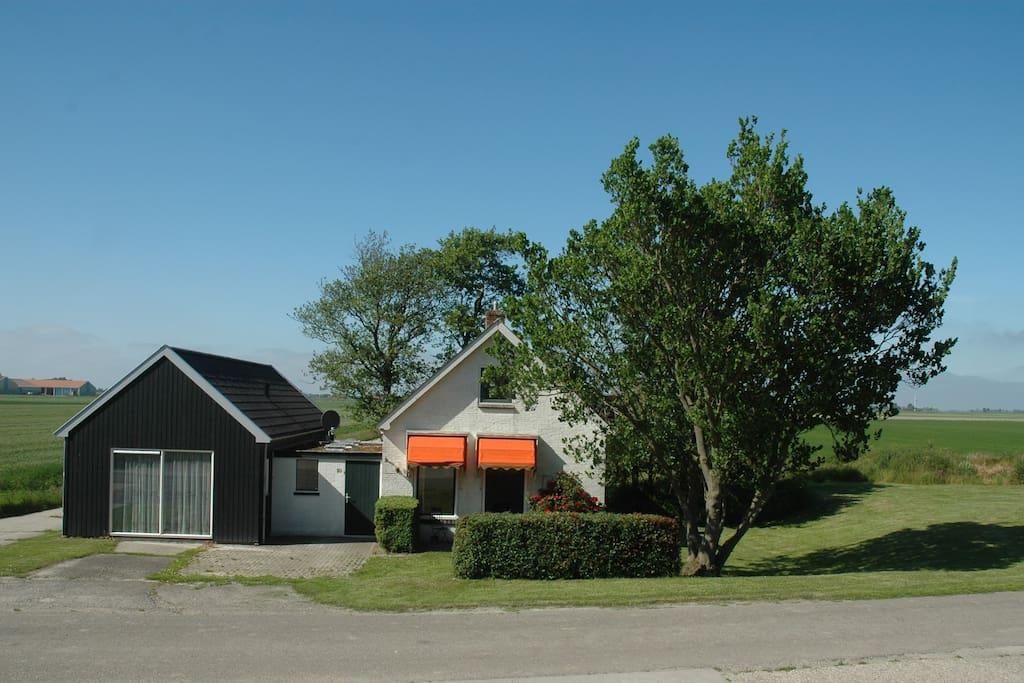 Vrijstaand huisje friesland huizen te huur in pingjum for Huizen te koop friesland