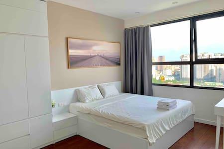 PHANLINA HOUSE-3br luxury apartment @ D' Capital