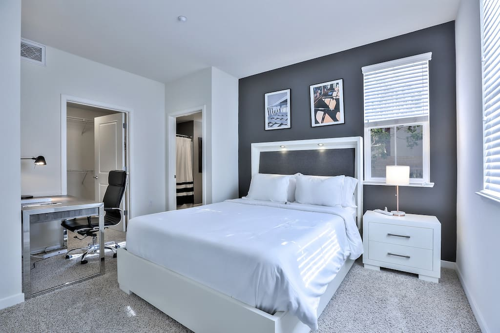 Master Bedroom with Queen Bed + Queen Air-Bed (Linens + Pillows + Blanket Included) + Desk