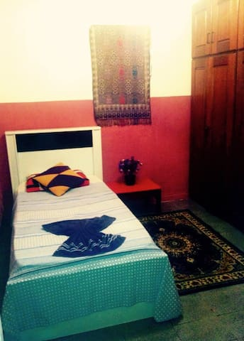 Beautiful & cozy home in centre - Goiaba Room - Manaus - Dům