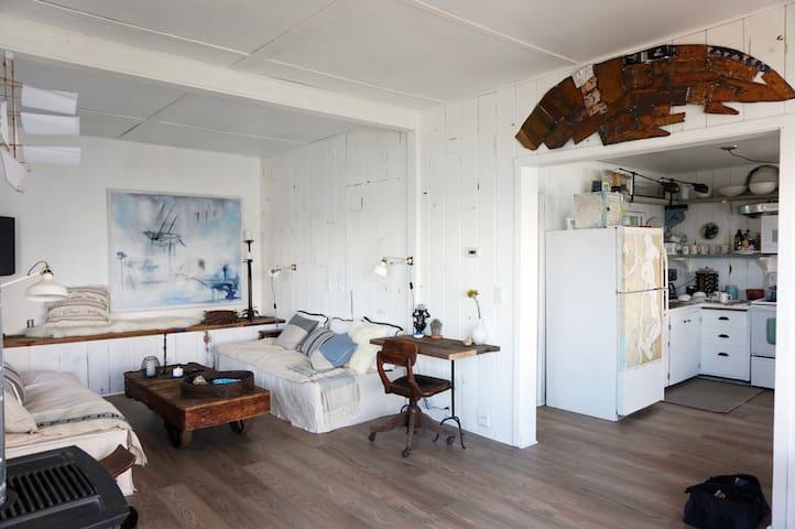 Romantic Vashon Island Beach House - Vashon - House