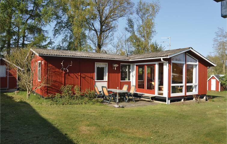 Holiday cottage with 3 bedrooms on 64 m² in Odder