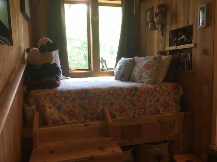 Littleton Guesthouse in Roslyn, WA
