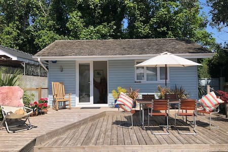 """Y Sied""-quiet, quirky, seaside retreat."