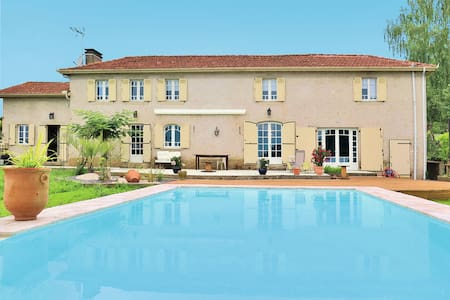 Holiday home in Nassiet - Nassiet - Talo