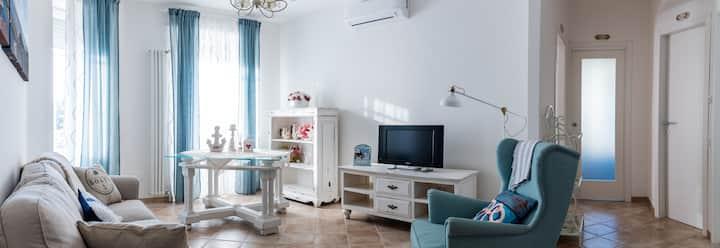 """Appartamento turistico """"A casa di Alessia"""""""